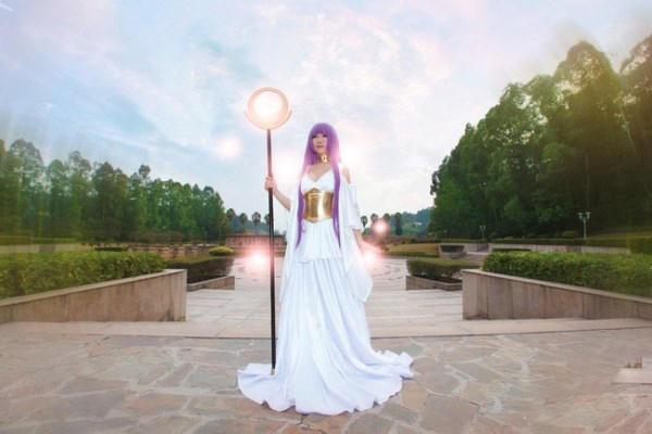 《圣斗士星矢》雅典娜COS 逆天巨乳太诱惑-第9张图片-梦月快巴