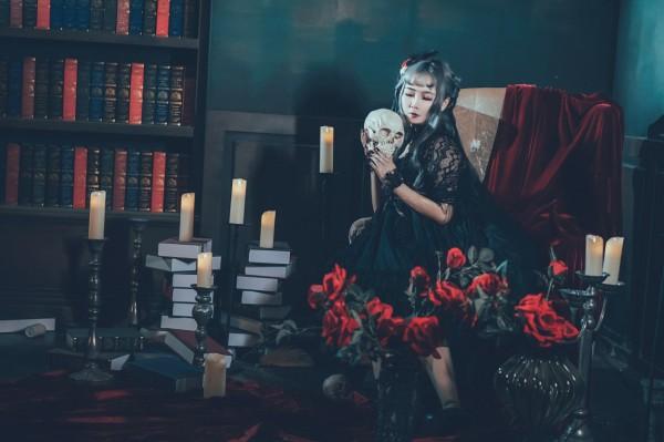 哥特风Lolita私影 -第2张图片-梦月快巴