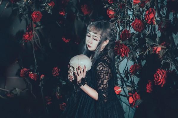 哥特风Lolita私影 -第9张图片-梦月快巴